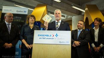 Le premier ministre du Québec, Philippe Couillard, lors du lancement des consultations publiques sur la réussite éducative en septembre dernier. (Source : site Web du premier ministre du Québec – www.premier-ministre.gouv.qc.ca)